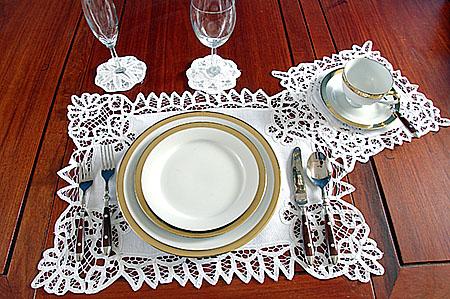 วิธีจัดโต๊ะอาหารสำหรับงานเลี้ยงอาหารมื้อค่ำ(ดินเนอร์ – Dinner)